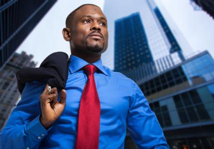 Negros ainda têm mais dificuldade para chegar a cargos de liderança