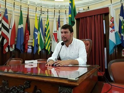 Vereador Bruno Lessa defende agilidade no concurso agente de trânsito de Niterói-RJ (Foto: Divulgação)