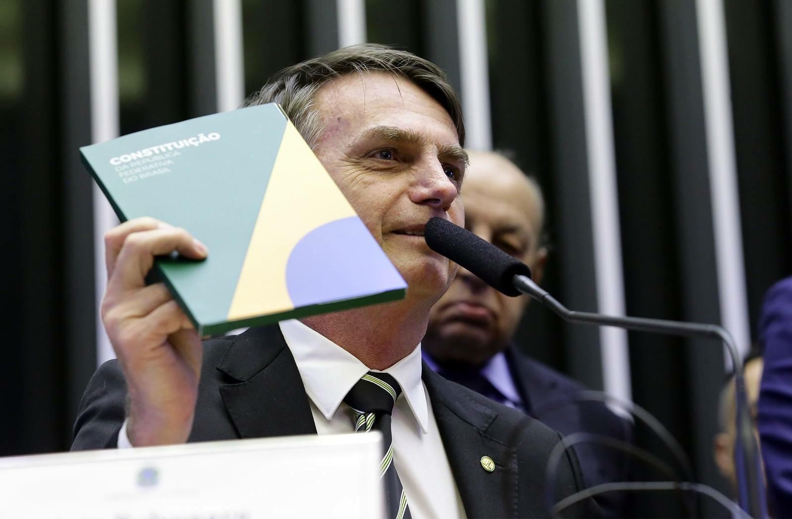Bolsonaro extingue cargos efetivos do Poder Executivo (Foto: Divulgação)