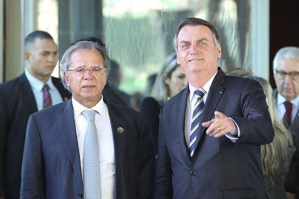 Bolsonaro veta reajuste (Foto: Fabio Rodrigues/ Agência Brasil)