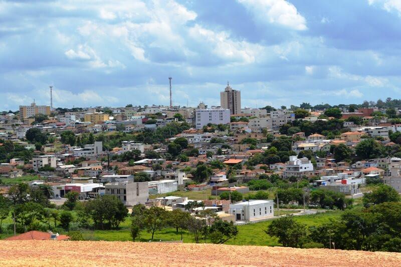 Arcos Minas Gerais fonte: admin.folhadirigida.com.br