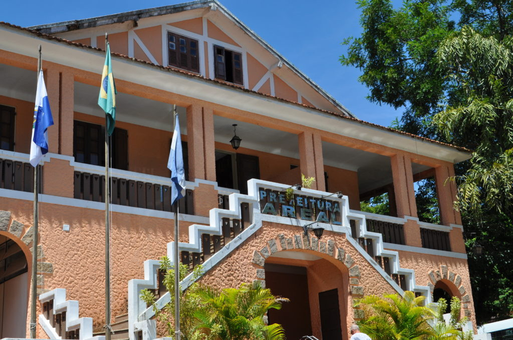 Prefeitura de Areal-RJ define banca organizadora do seu concurso