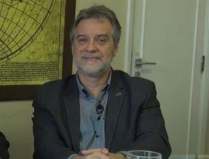 Reitor da UFF Claudio Lucas da Nóbrega