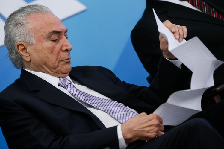 Temer sanciona LDO 2019 e libera realização de concursos