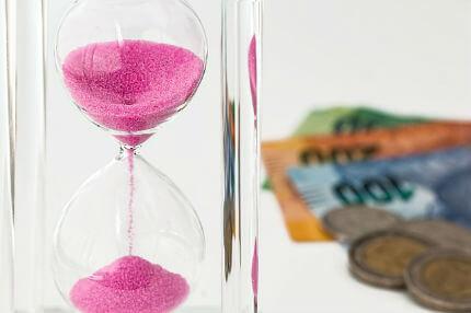 Tempo vale mais do que o dinheiro (Imagem: Pixabay)