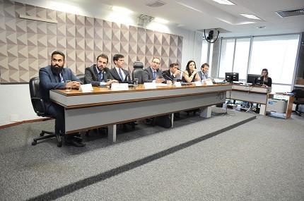 Comissão organizadora do concurso Senado