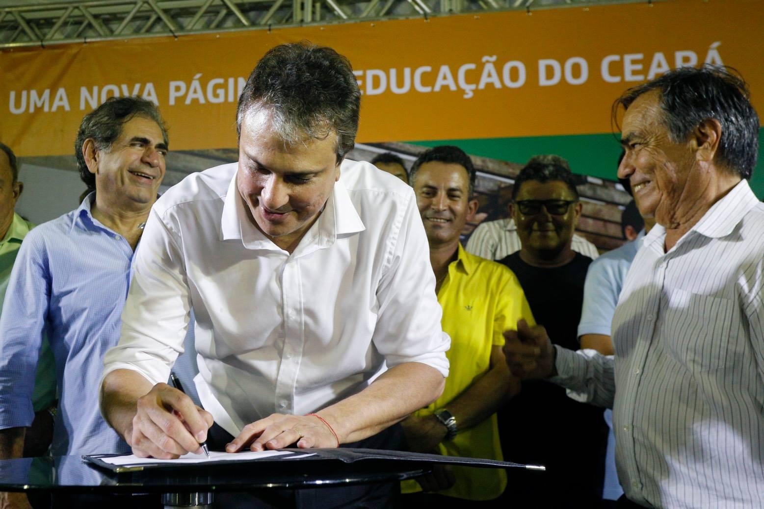 Para conter crise, Governo do Ceará nomeia 593 agentes de segurança