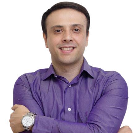 Marcelino Viana, psicanalista, psicomotricista relacional e professor de concursos