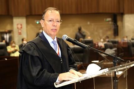 Novo presidente do TJ GO, Carlos França, promete concurso TJ GO para juízes