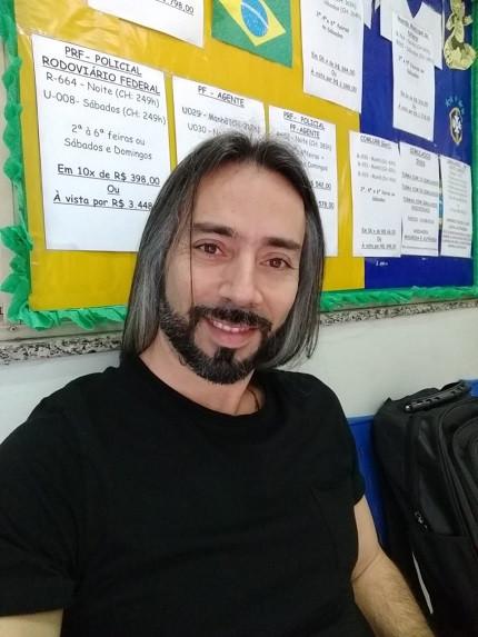 Professor Moisés Romano dá dicas para concurso da Guarda (Foto: Arquivo Pessoal)