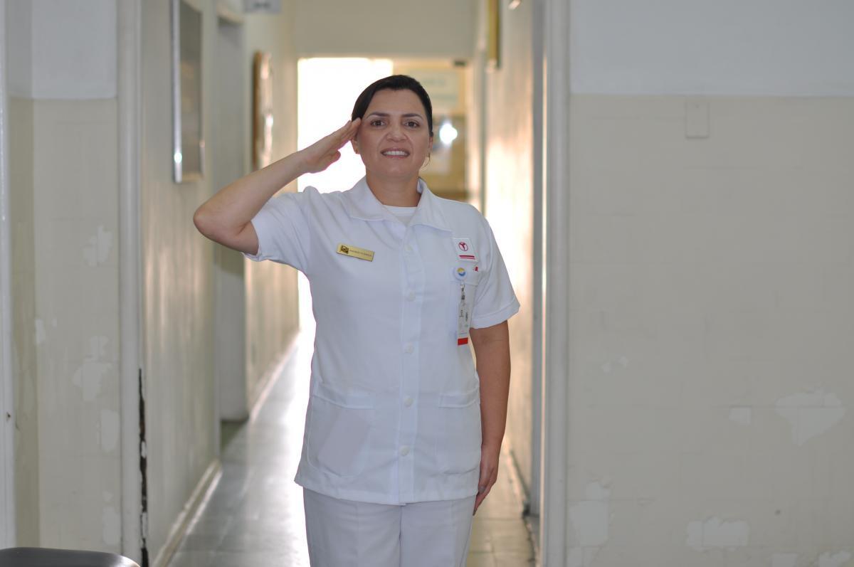 primeira-tenente Ingrid Vianna (Foto: Marinha)