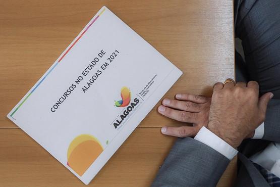 Aval para cinco concursos Alagoas 2021 sai nesta quarta, 13 (Foto: Marcio Ferreira)