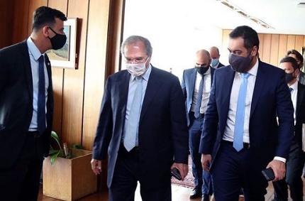 Em reunião com Guedes, governador em exercício do Rio menciona reposição de cargos vagos