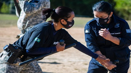 Policiais penais de Minas Gerais realizam treinamento