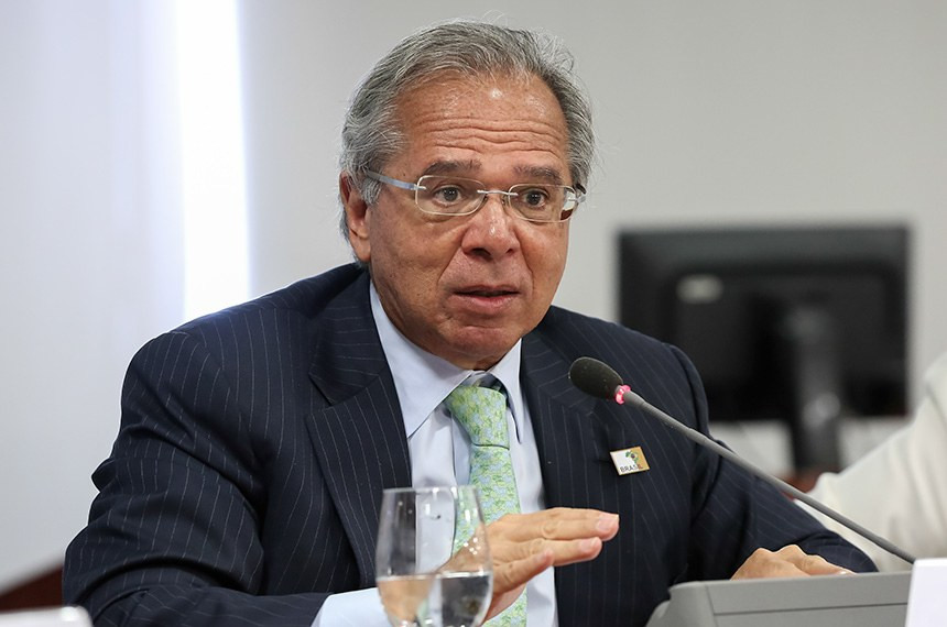 Paulo Guedes diz que servidor público é parasita, mas volta atrás (Foto: Marcos Correa / Senado)